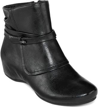 Yuu Womens Scarlet Wedge Heel Zip Bootie