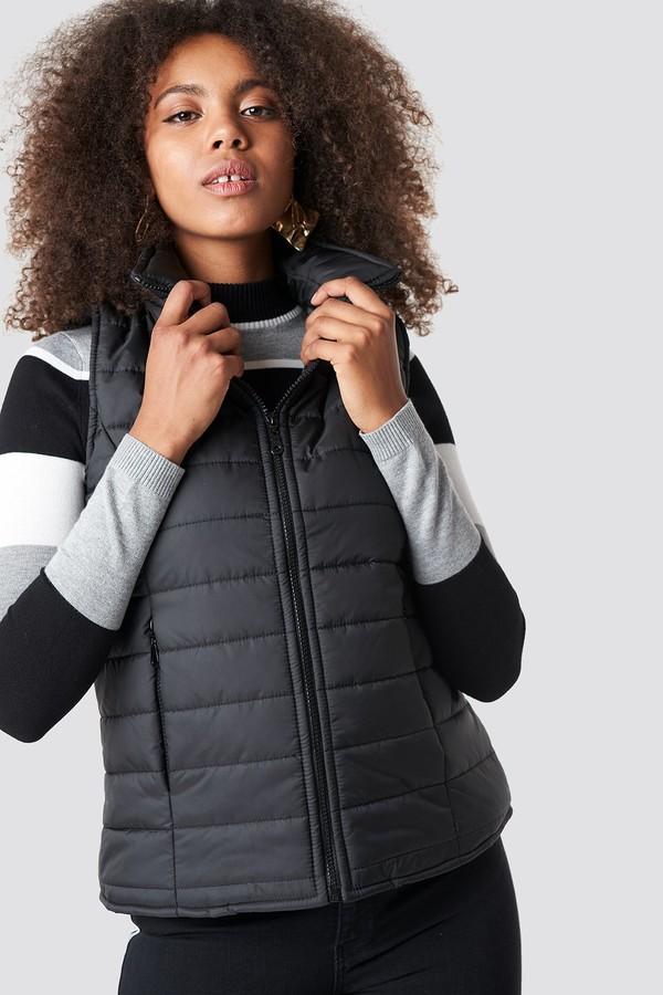 Trendyol Front Pocket Vest Black