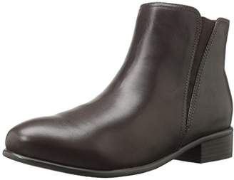 SoftWalk Women's Urban Ankle Bootie