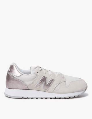 New Balance 520 in Sea Salt/Champagne