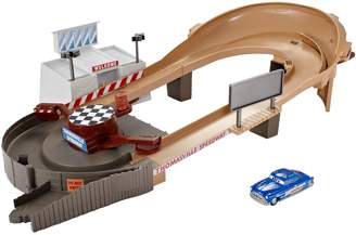 Disney Pixar Cars 3 Thomasville Racing Speedway Track Set