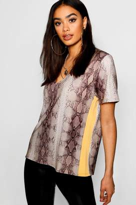 boohoo Snake Print Side Stripe T-Shirt