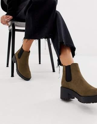 New Look chunky heeled chelsea boot in khaki
