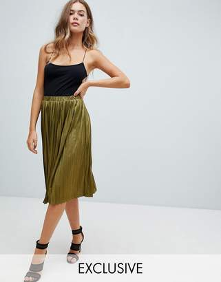 Missguided pleated midi skirt in khaki