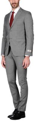 URBIS Suit