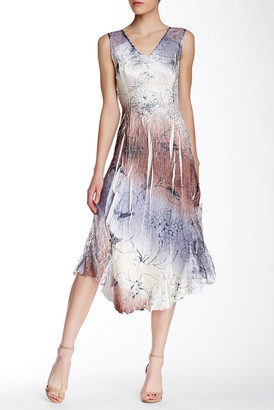 KOMAROV Chiffon Insert Dress $278 thestylecure.com