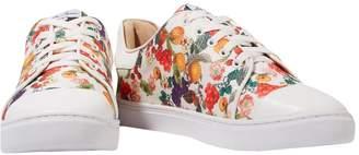 Isa Tapia Sneakers