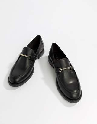 Vagabond Amina Leather Loafer with Horse-bit Detail
