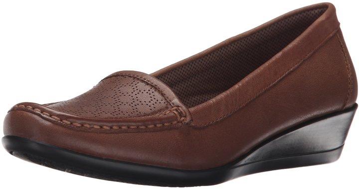 Eastland Women's Grace Slip-On Loafer