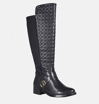 Avenue Tess Quilt Gore Back Boot
