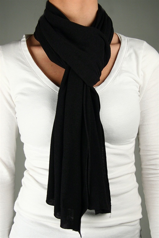 Saint Grace Highland Jersey Scarf in Black