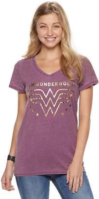"Juniors' Wonder Woman Foiled ""I am Wonder Woman"" Graphic Tee"