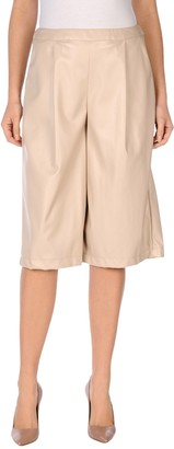 La Femme BOUTIQUE de 3/4-length shorts