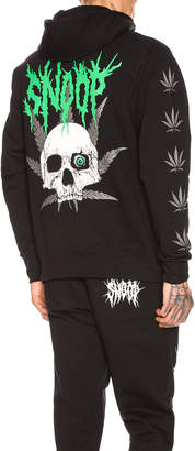 SSS World Corp SSSNOOP Weed Skull Hoodie in Black & Green | FWRD