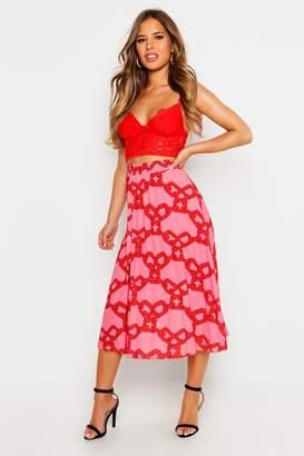 boohoo Petite Chain Print Pleated Midi Skirt
