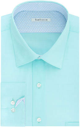 Van Heusen Air Long Sleeve Broadcloth Dress Shirt
