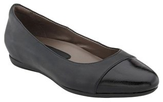 Women's Earthies 'Hanover' Cap Toe Flat $149.95 thestylecure.com