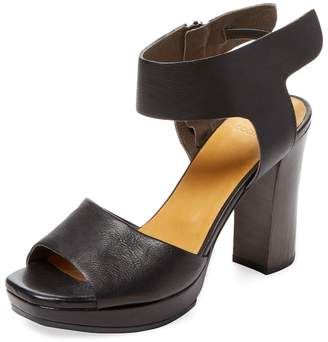 Coclico Women's Fred Leather Sandal