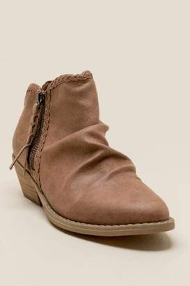 Report Dani Scrunched Ankle Boot - Tan