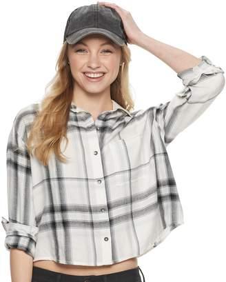 Mudd Juniors' Cropped Flannel Shirt