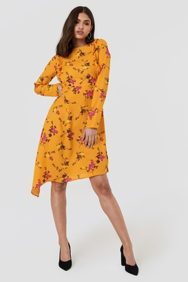 2c902ddd6d2 NA-KD Asymmetric Long Sleeve Frill Dress Orange Blossom Pattern