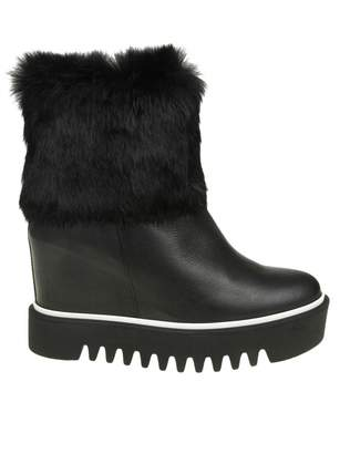 Paloma Barceló Palomitas Black Leather Ankle Boot With Fur Detail