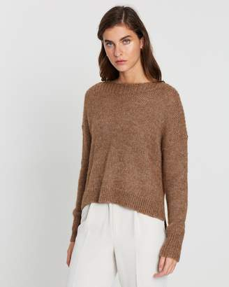 Mesop Coral Cropped Sweater