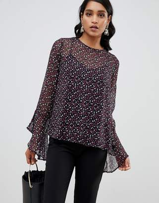 Y.A.S YAS printed blouse with fluted sleeve detail