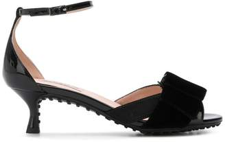 Tod's sandals with a bow ribbon detail