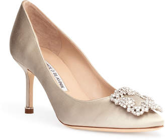 Manolo Blahnik Hangisi 70 cream pumps CLC
