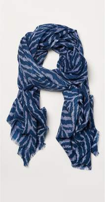 J.Mclaughlin Reed Scarf in Tigereyes