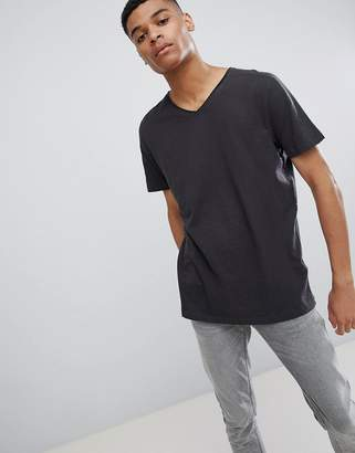 New Look V Neck T-Shirt