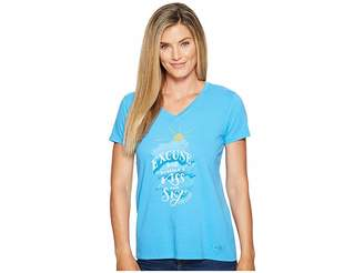 Life is Good Kiss the Sky Crusher Vee Women's T Shirt