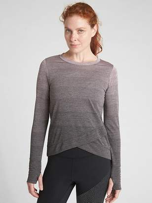 Gap GapFit Long Sleeve Tulip-Front Top