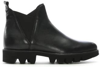 Daniel Shiner Black Leather Cleated Sole Chelsea Boots