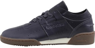 47fa4ee22840 at MandMDirect.com · Reebok Classics Mens Workout Lo Clean DU Trainers Lead  Chalk