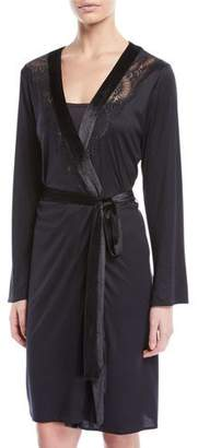 Hanro Ava Velvet-Trim Short Robe