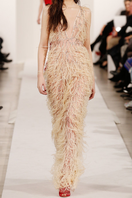 Oscar de la Renta Feather and crystal-embellished tulle gown