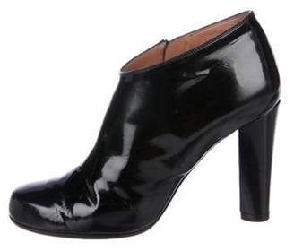 Marc Jacobs Patent Leather Round-Toe Booties Black Patent Leather Round-Toe Booties