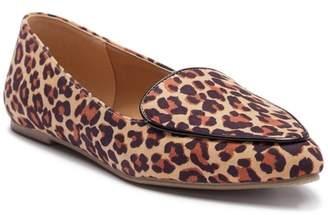 Mia Niles Pointed Toe Flat