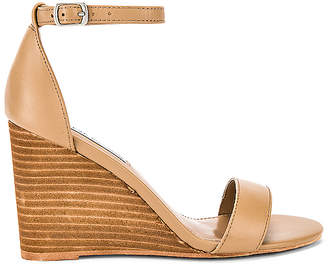 1e882e28ed98 Steve Madden Wedges - ShopStyle UK