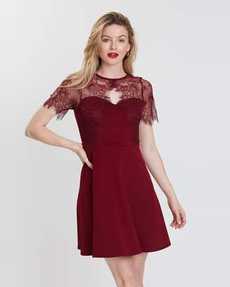 Dorothy Perkins SS Scuba Lace Fit-and-Flare Dress