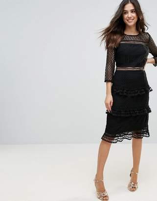 Liquorish Layered Lace 3/4 Sleeve Midi Dress