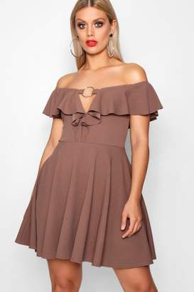boohoo Plus Darcy Ring Front Plunge Ruffle Skater Dress