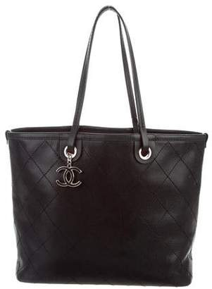 659d1c98060025 Chanel Black Burgundy Tote Bags - ShopStyle