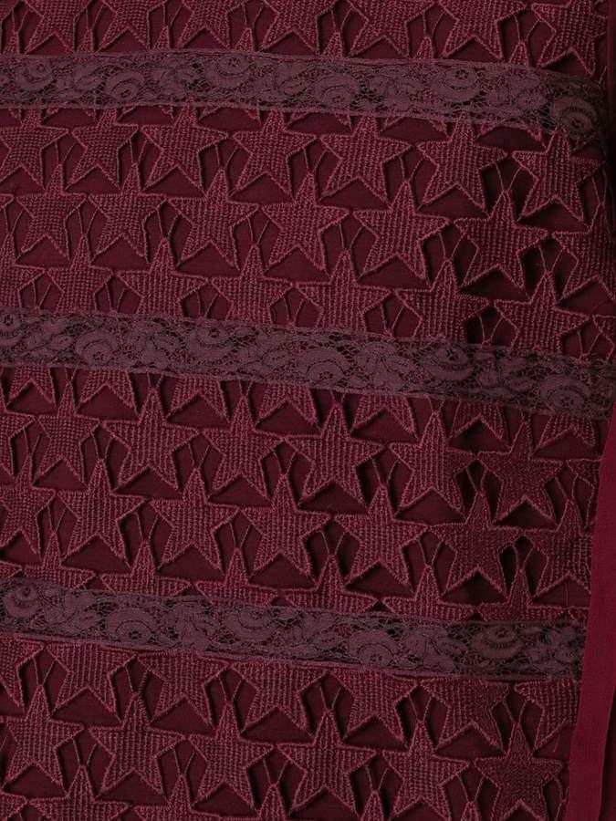 Muveil star crochet T-shirt
