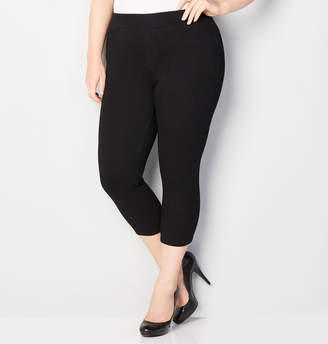 Avenue Knit Denim Pull-On Capri in Black