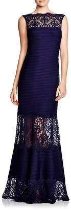 Tadashi Shoji Petites Sleeveless Lace & Pintuck Gown