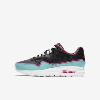 Nike Big Kids' Shoe 1