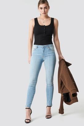 19598c403c8 NA-KD Skinny Mid Waist Front Panel Jeans Black